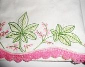 Pillowcase Set, Vintage Linens ,Houseware, Handmade Retro Linens,