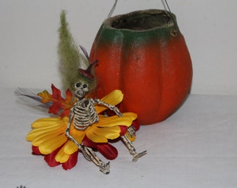 Halloween, decoration, skull, skeleton, goth, creepy, dark, faerie, holiday,doll, pin, costume, fairy, pixie