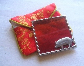 Stained Glass Purse Mirror|Pocket Mirror|Pig|Hog|Pig Mirror|Red|Brocade Pouch|Makeup Tool|Handcrafted|Made in USA
