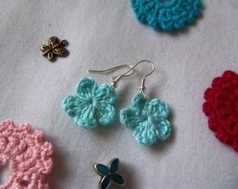 Crochet Flower Earrings. Handmade Crochet Earrings.