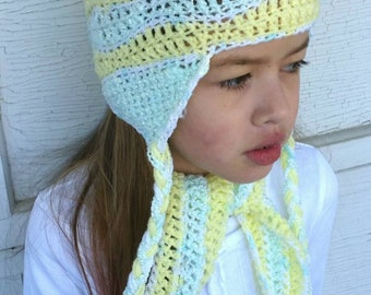 Little girls hat in green, yellow and white with matching scarf