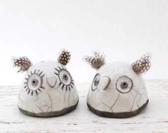 "Ceramic Raku Owl Sculpture - Whimsical Pinch Pot Figure Pair - White Ceramic Owl Figurines Set - Hand Built Owl Home Decor - ""Sal and Pepé"""