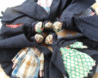 ANTIQUE Handmade AMISH DOLLS Wool Capes Flour/Rice Sack Clothes Rare Old Barn Find