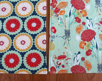 Reversible Cloth Placemats with Bouquets of Flowers in Denim Blue, Mint Green, Mustard Yellow, Red, Set of 4, Reminisce Fabric, Spring