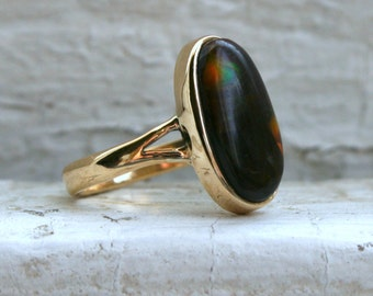 RESERVED - Lovely Vintage 14K Yellow Gold Fire Agate Ring.