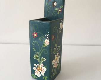 Hand painted matchstick holder