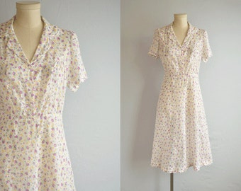 Vintage 40s Dress/ 1940s Sheer Cotton Rose Floral Print Summer Shirtdress / White Lavender