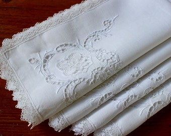 Vintage Linen Napkins Cutwork Embroidery 4 Filet Lace Dinner White Hand
