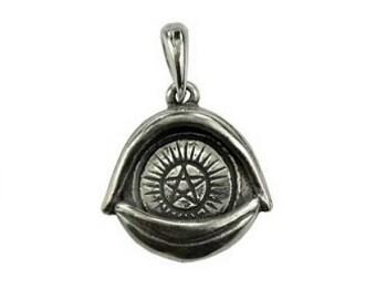 All Seeing Eye Pentagram Pendant - Pewter, Eye of providence, Pentagram eye, Ward off evil, Protection, Evil eye amulet