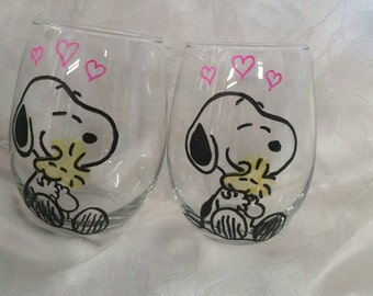 Hand etched and painted Snoopy & Woodstock stemless glass set