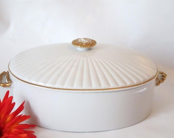 Shafford Golden Heirloom Oven to Table Large Casserole Dish and Lid.