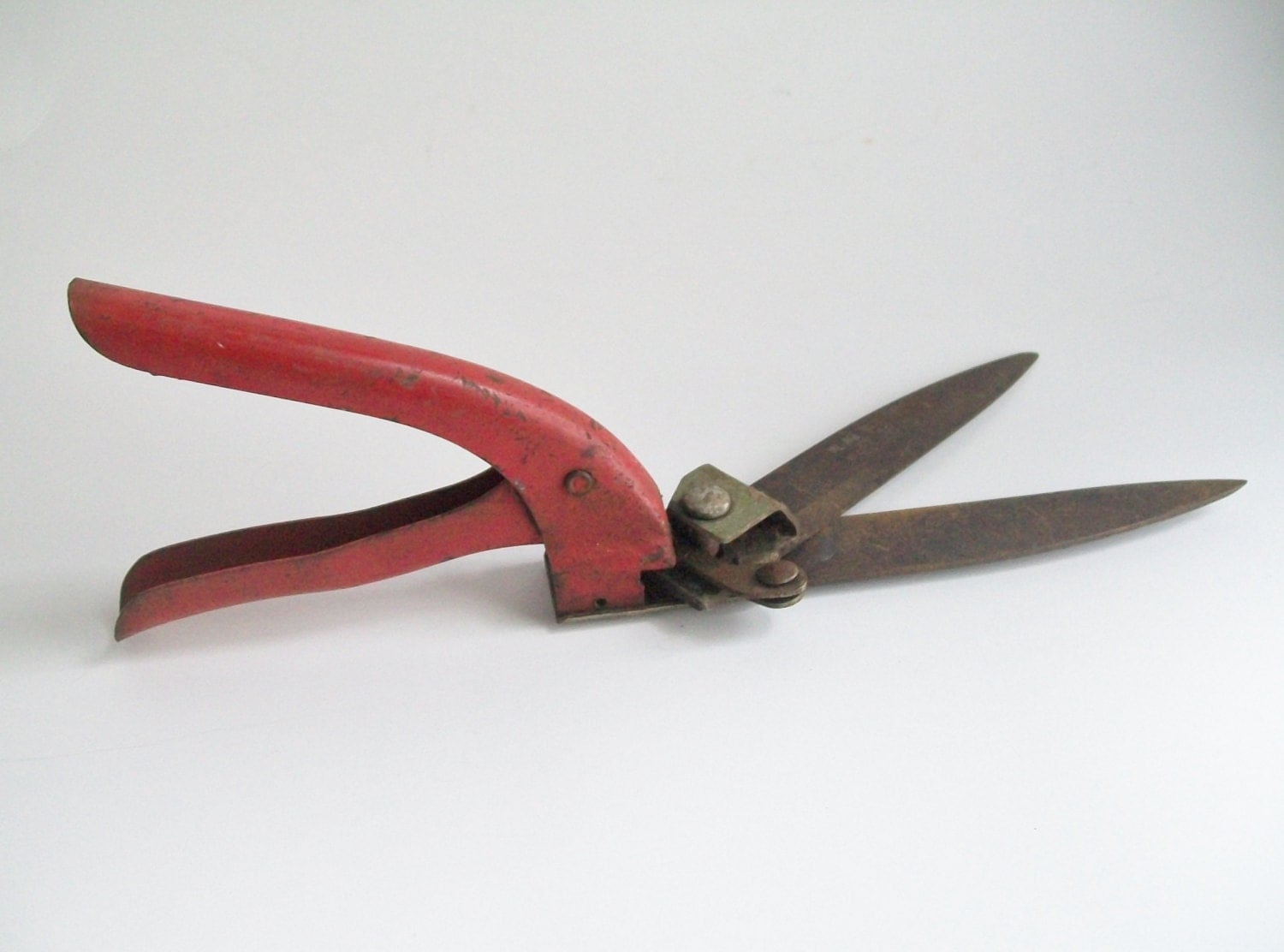 vintage garden clippers village blacksmith red grass clippers