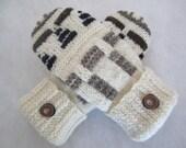 Women's pure wool mittens creamy winter white fleece lined size medium RTS