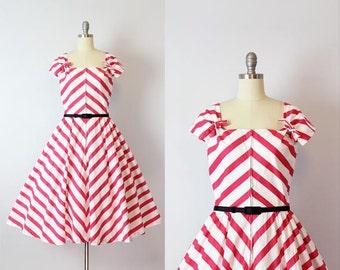 vintage 50s dress / 1950s chevron striped dress / pink and white sundress / striped cotton dress / Tilt A Whirl dress