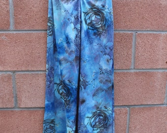 70s inspired bell bottom pants with rose print