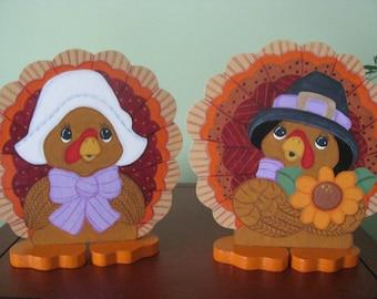 Pilgrims, turkeys, Thanksgiving, shelf sitters, handpainted, wood, centerpiece