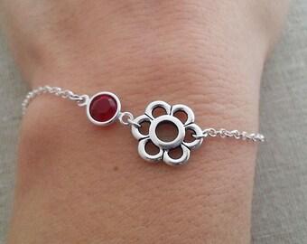Silver Flower Bracelet. Crystal Flower Bracelet.  Birthstone Bracelet. Layering Bracelet. Summer Bracelet. Birthstone Bracelet