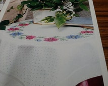 ANEMONE WREATH - Table Topper - Cross Stitch Pattern Only