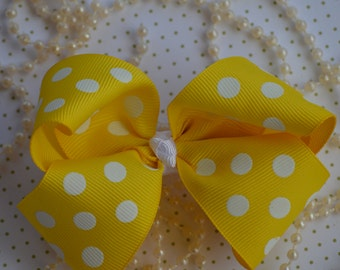 "Yellow & White Polk a Dots 4"" Hair Bow, Boutique Hair Bow, Hair Accessory, Bow Clips, Hair Bow Alligator Clip, Hair bows, Hair Boutique Bow"