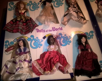 Dolls of the World Complete set of 12  Original Box