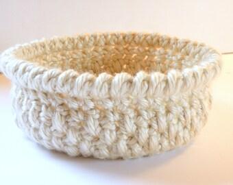 Crochet Basket, Man Tailored Storage Basket Gift, Soft Yarn Basket for Nursery Gift, Catch all Bowl, Remote, Cell Phone Basket in Bone Beige