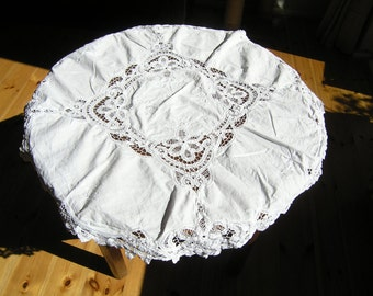 Vintage Round Lace Tablecloth, Mid Century White Battenburg Lace Tablecloth,  Small Round Cotton Tablecloth