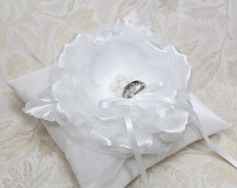 Wedding ring pillow - white ring pillow, wedding ring bearer pillow, satin ring pillow, wedding ring cushion