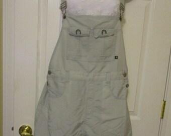 Vtg bib overall shorts / short shorts size Large 11/13 junior measures 34 X 3 womens girls bib shorts