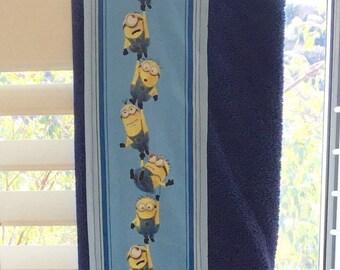 Minions Hanging Around Children's Hooded Bath Towel, Navy Blue.