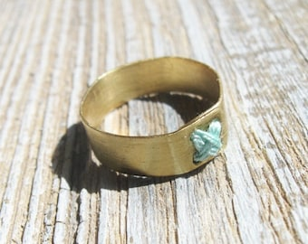 Brass rustic ring, Minimalist Ring with mint cross-stitch Size 7.5, Metalwork ring, Boho cute simple ring, primitive bands Ring