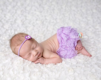 Lavender Lace Bloomer and headband set, diaper cover, baby bloomers, baby girl bloomers, newborn photo prop, photography prop, newborn prop