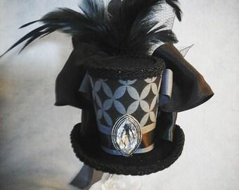 Grey and black mini top hat fascinater costume accessorie