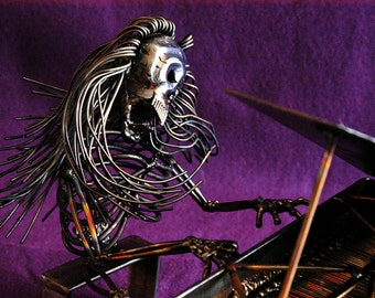 Piano Player, Baby Grand Piano, Meet the Morgueans, Metal Sculpture