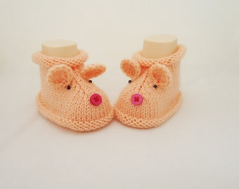 Knitt Baby Booties,Mouse booties, Cute Baby Booties, Peach Pink Booties, Hand Knitt Mouse Booties, Mouse Booties in Peach Pink