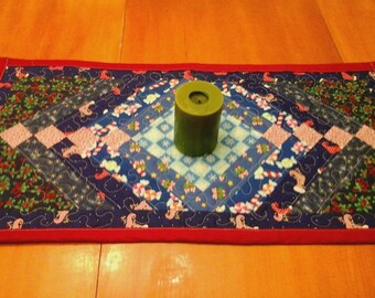 Christmas Table runner- blues