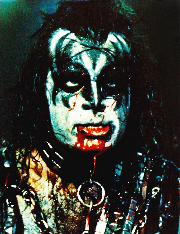 Kiss Alive Ii Gene Simmons Stand Up Display Kiss Band