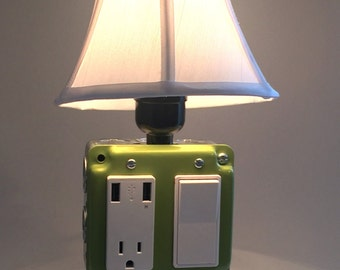 USB Charger/Lamp - Ivy Leaf