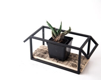 Wire frame plant pot holder stand // candle holder // lantern // housewarming gift // Box Down // modern home decor // Free Shipping