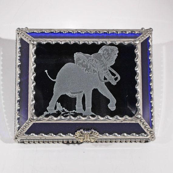 Etched Elephant - Treasure Box