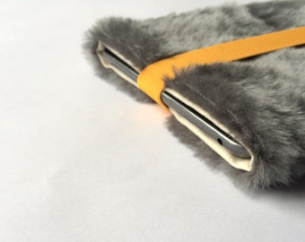 "faux fur 13 inch MacBook PRO / Retina / AIR sleeve, Macbook Case Cover, faux fur, macbook sleeve, laptop bag, gift  - ""Fluffy"""