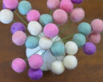 Felt Ball Flower Bouquet - Pretty Unicorn (pink, white, purple and baby blue) 2 cm wool felted ball craspedia, billy ball, buttons