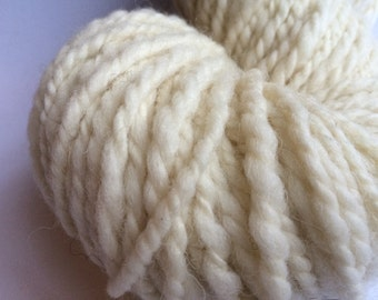 Handspun yarn, natural white Shetland, 140m/175g