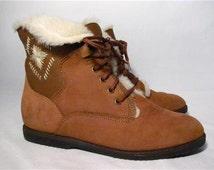 Vintage Bass Apres Ski Lace Up Ankle Boot Women size 7.5