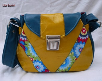 clasp satchel in blue/green and bright yellow leather shoulder bag