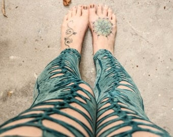 Beautiful blue sacred geometry woven leggings