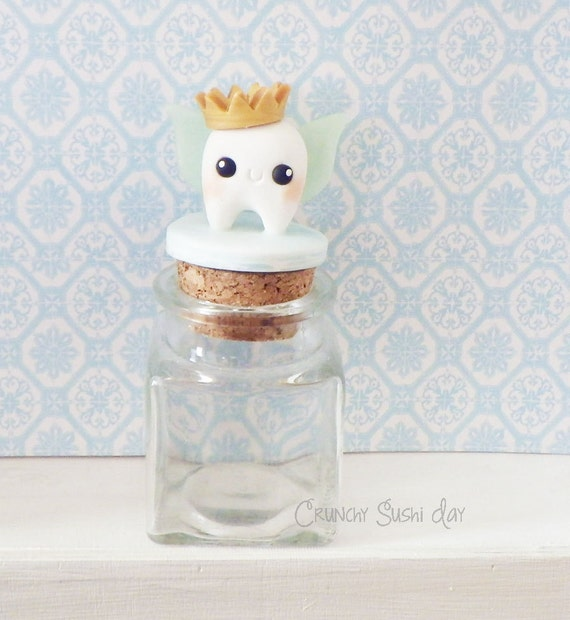 Customizable Crown Tooth Fairy Box, Tooth Fairy Jar, Tooth Fairy Keepsake, First Tooth, Tooth Fairy, Trinket Box, Keepsake, Polymer Clay
