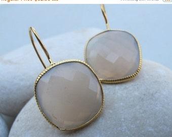 SALE Gray Chalcedony Earrings- Chalcedony Silver Earrings- Silver Stone Earrings- Quartz Earrings- Silver Topaz Earrings
