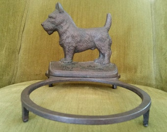 Hubley Scottish Terrier Cast Iron Dog Bowl Holder