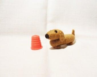 Needle Felted Sausage Dog - miniature dachshund - 100% merino wool - micro animal - wool felt dog - felted daschund