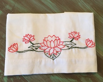 Embroidered Pillowcase Cotton Blend / Vintage Off White Cottage Chic Bedroom Decor Linen